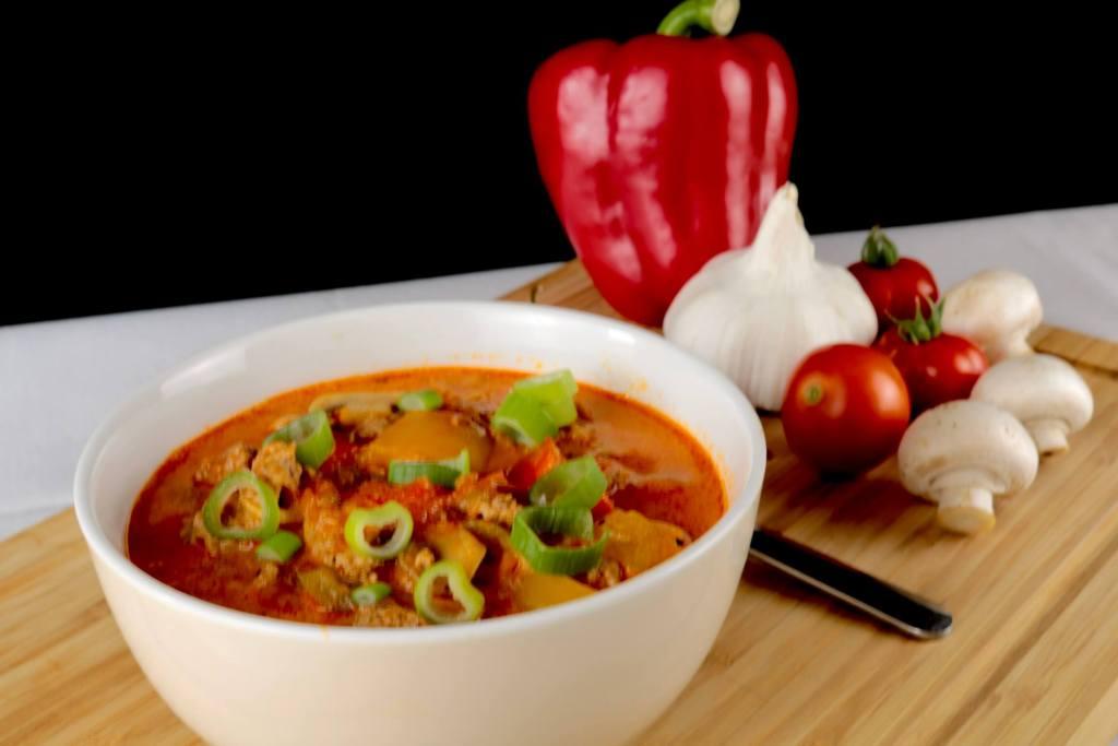 Serviervorschlag Herzhafte Hackfleisch Suppe