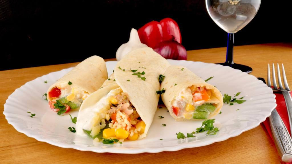 Thunfisch Wraps mit Paprika und Mais