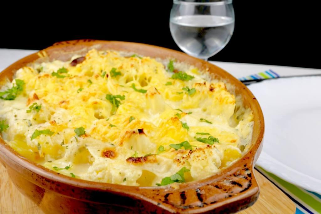 Serviervorschlag Kartoffel Blumenkohl Auflauf
