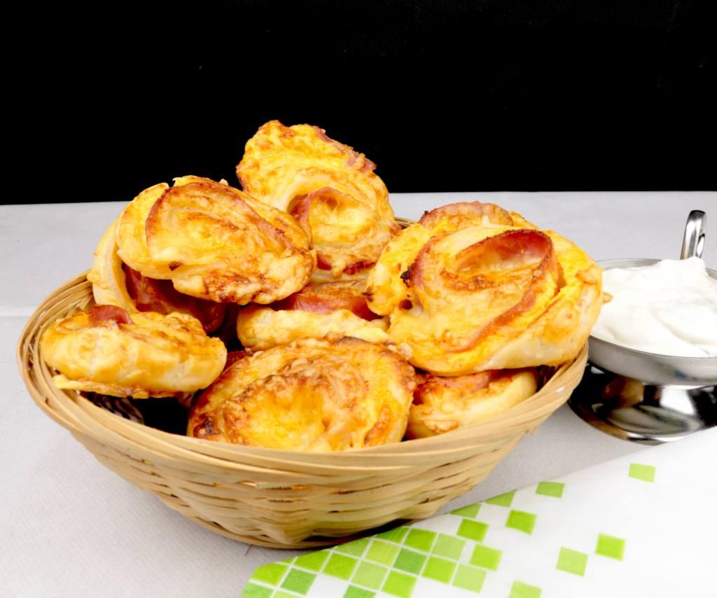 Snack Time Schinken Käse Blätterteig Schnecken