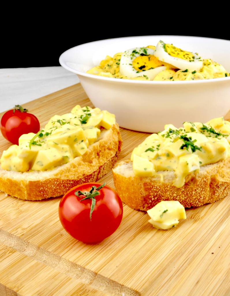 Serviervorschlag Omas einfacher Eiersalat