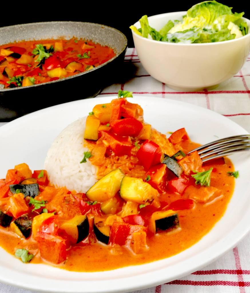 Serviervorschlag Paprika Zucchini Pfanne