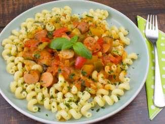 Paprika Zucchini Würstchen Pfanne