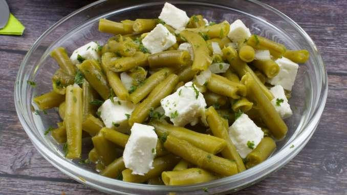 Bohnensalat mit Feta Käse