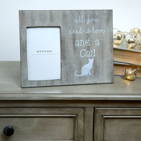 Retreat - Grey Cat & Love Frame