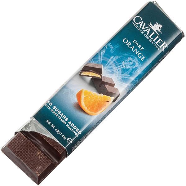 Cavalier Schokoriegel DARK ORANGE Zartbitter Orange 40 g. Köstliche Zartbitterschokolade mit Maltit gesüßt. Herzhafter Orangen Geschmack.