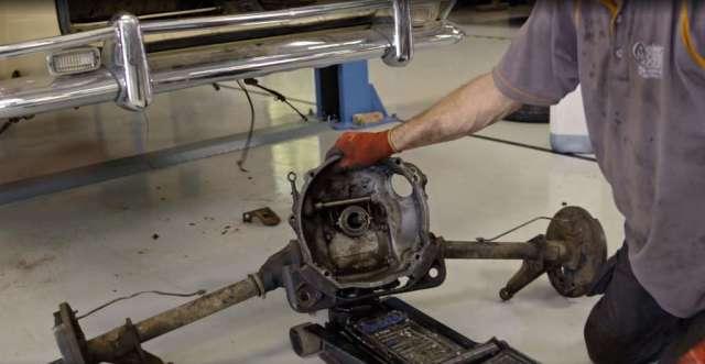 Vintage Voltage - The Ghia's swing axle
