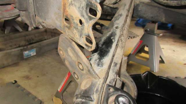 1979 VW Beetle - Trailing Arm Separated from Spring Plate