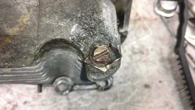 AH Engine - corrosion around the tine mounting points