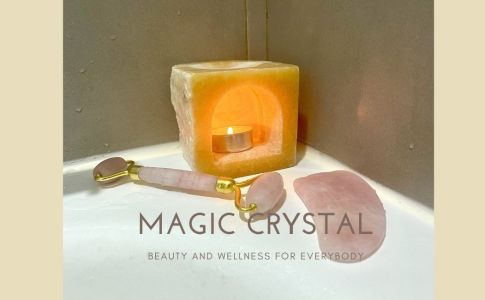 Crystal facial roller