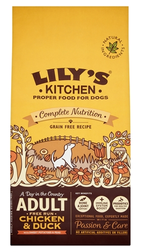 Lily's kitchen dog adult chicken countryside