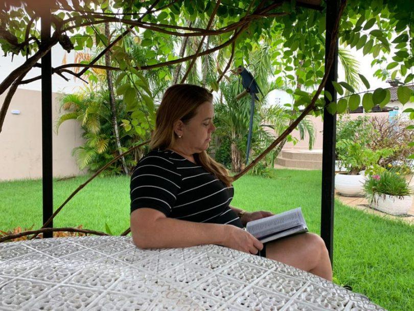 Maria do Perpétuo Socorro de Souza Cruz, recuperada da COVID-19 | FOTOGRAFIA: Ascom Sesau