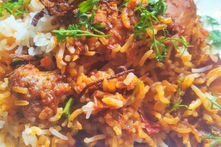 Chicken Dum Biryani | Hyderabadi Chicken Biryani Recipe