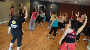 Zumba-thon for End Women Cancer 08