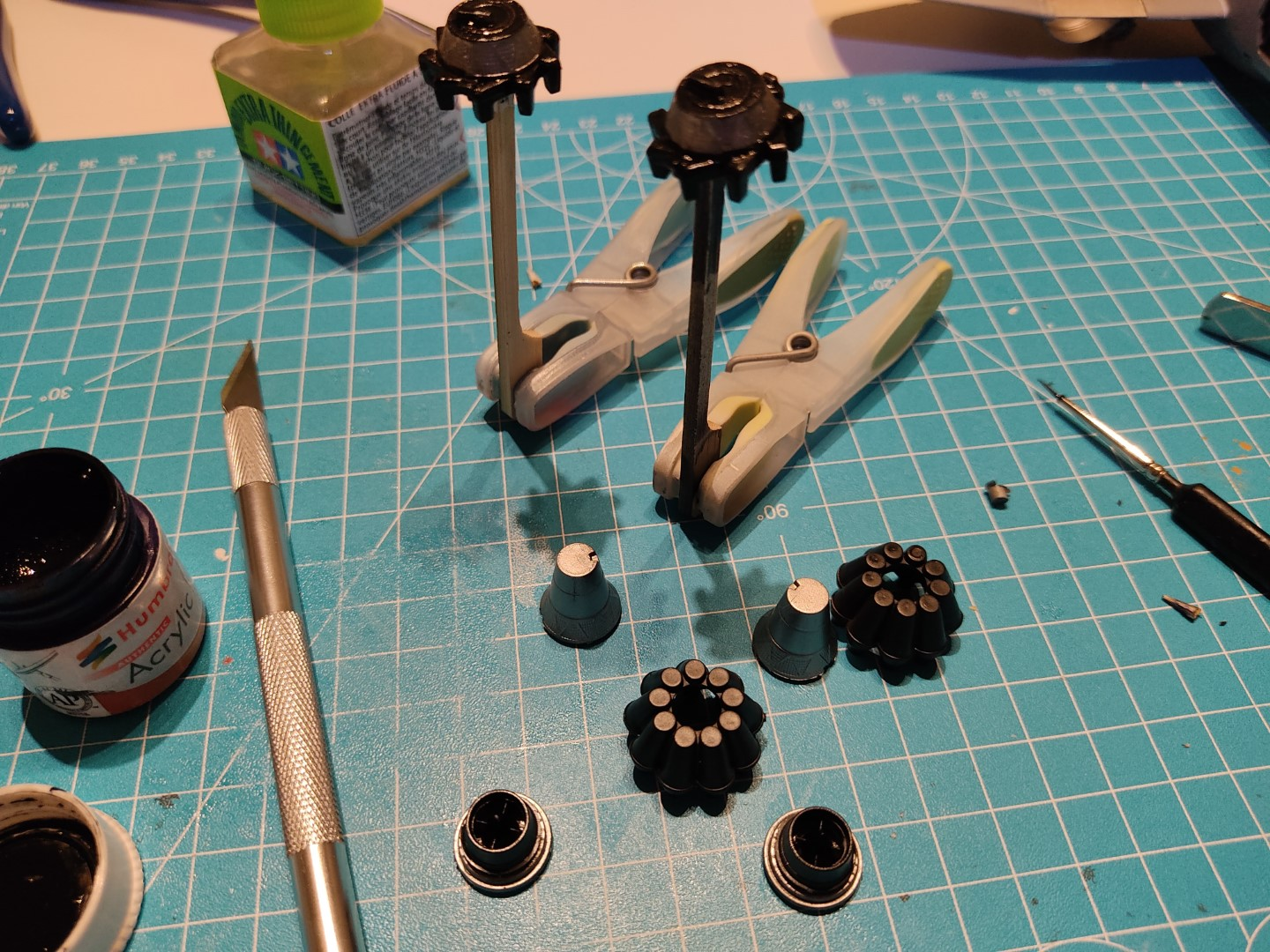 [Work-in-Progress] Airfix Gloster Meteor F.8 - The jet engines are slowly coming together.