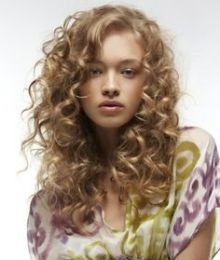 hairstyles for curly hair 15