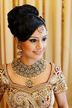 Indian bridal hairstyles 23