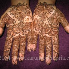 Mehndi design by Karuna 21