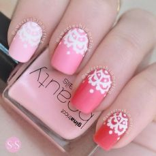 easy nail art designs for New Years 11