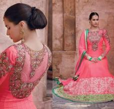 Hairstyles to wear with Pakistani salwar kameez 02