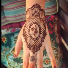 Arabic mehndi designs for bride relatives 20
