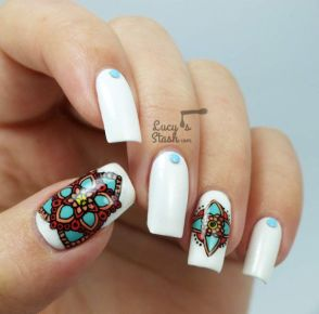 Nail art designs inspired by Indian motifs 01