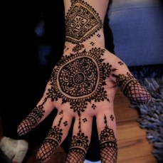 mehndi design for the summer bride 08