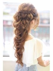 Hairstyles for long hair 34