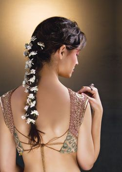 Wedding hairstyles for Indian wedding 09