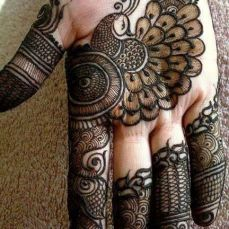 cool mehndi designs 10