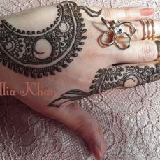 Simple mehndi designs 21