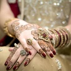 Mehendi Designs for Your Hands 11