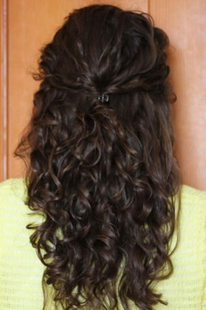Curly hairstyles 03