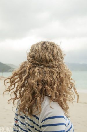 Curly hairstyles 07