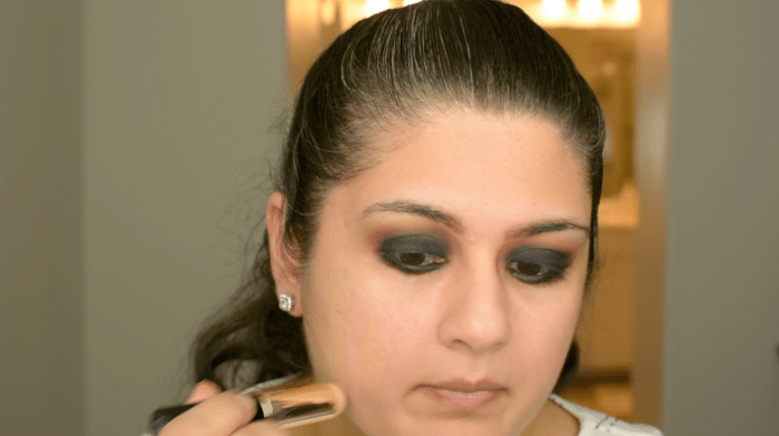 Classic Black Smokey Eye Makeup Tutorial 11