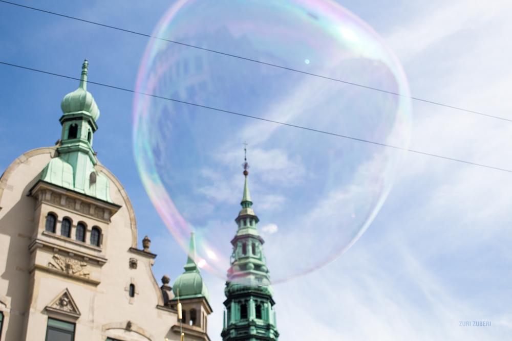 zuri_zuberi_copenhagen_bubbles_4