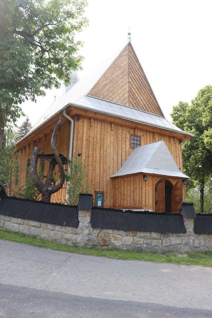 drewniany kościół św. Wojciecha w Rożnowie