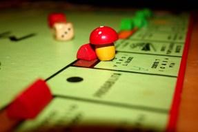 """Monopoli"", Fausmel7-ri flickerretik hartua"