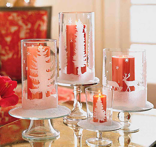 The photo shows - DIY Christmas decorations, fig. Candles in a glass
