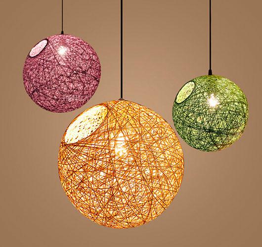 На фото изображено - Необычный декор: шары из нитей, рис. Плафон 1