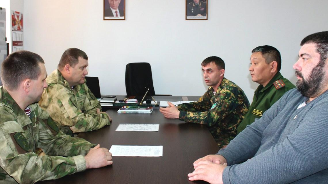 Начальник Управления Росгвардии по Республике Алтай провел рабочую встречу с атаманом Алтайского республиканского казачьего общества