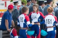 štyri mladé hasičky