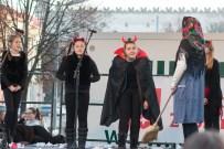 vianocna-dedina-divadlo-21
