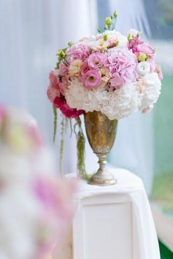 ślub, wesele, konsultant ślubny, konsultant slubny, konsultant ślubny Warszawa, wedding planner, pantone 2016, kolory pantone, elegancki ślub, ślub w namiocie, wesele w namiocie, dwór leśce, leśce, dekoracje ślubne, dekoracje weselne, pomysł na ślub, pomysł na wesele, rose quartz, serenity, dariusz zwadowski, zwadowski, wazon z kwiatami