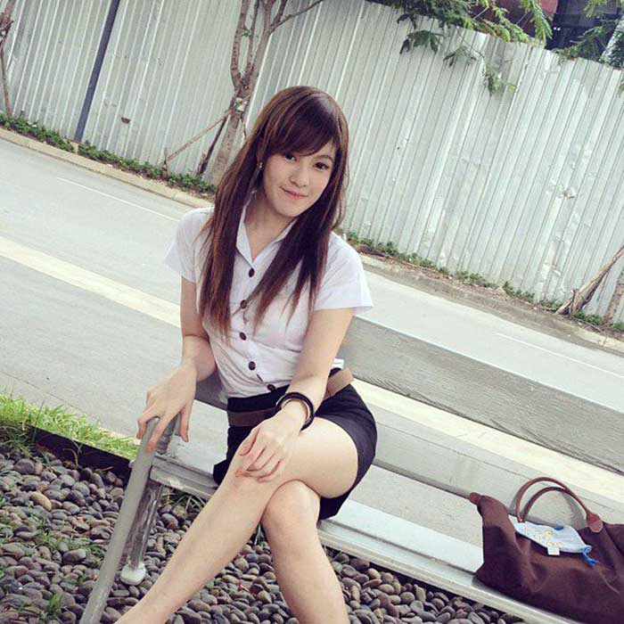 THAILAND-UNIVERSITY-CUTE-GIRL-(05)