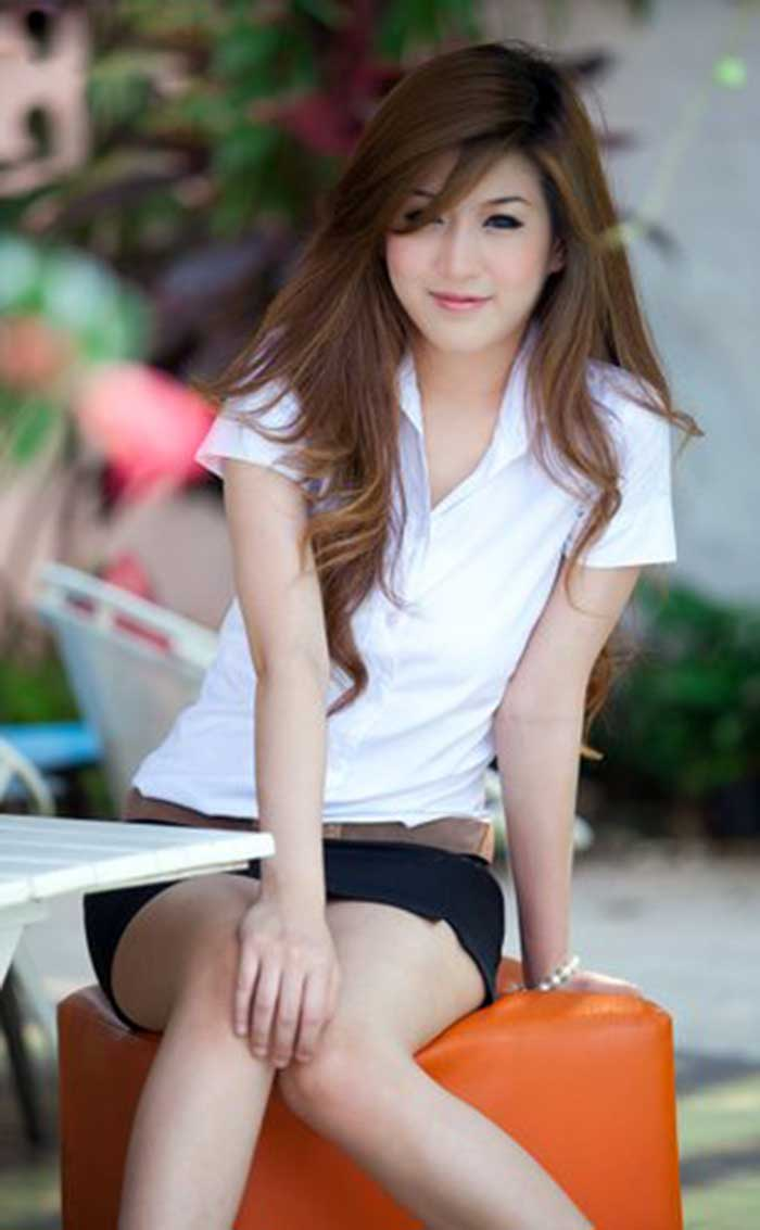 THAILAND-UNIVERSITY-CUTE-GIRL-(1)