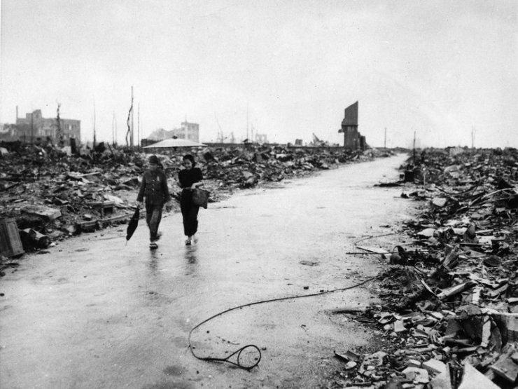 Why Hiroshima! U.S. strategists wanted to flatten an entire city with a single atomic bomb: Hiroshima was the right size.