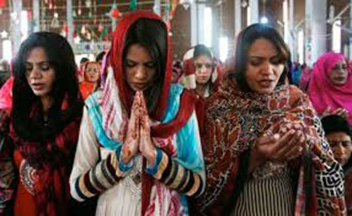 Pakistan-Taliban's-Easter-bombing-targets-Christians;-67-people-killed-(15)