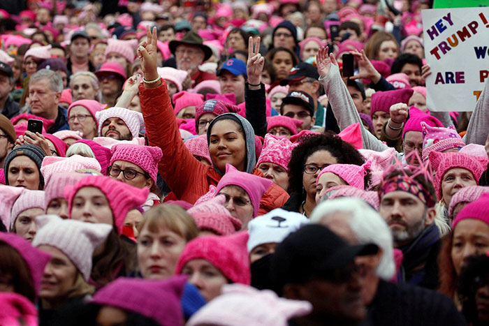 the-protesters-turned-dc-into-a-sea-of-pink-thanks-to-their-pussyhats-the-official-accessory-of-the-demonstration