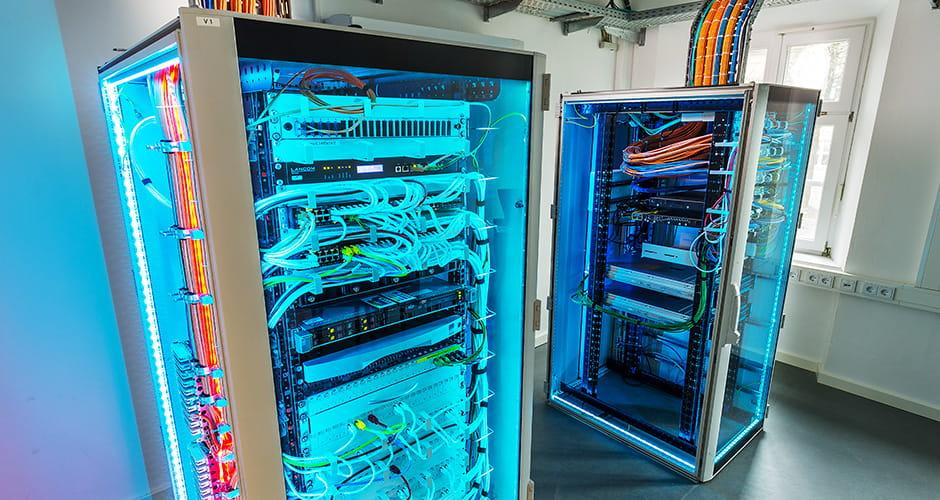 Industriefotografie Serverschränke